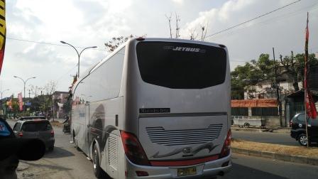 Bus Berangkat